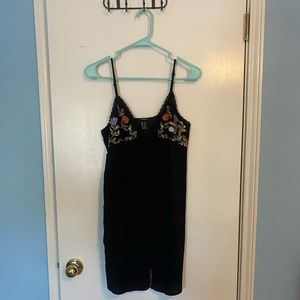 Forever 21 Embroidered Slip Dress Button front